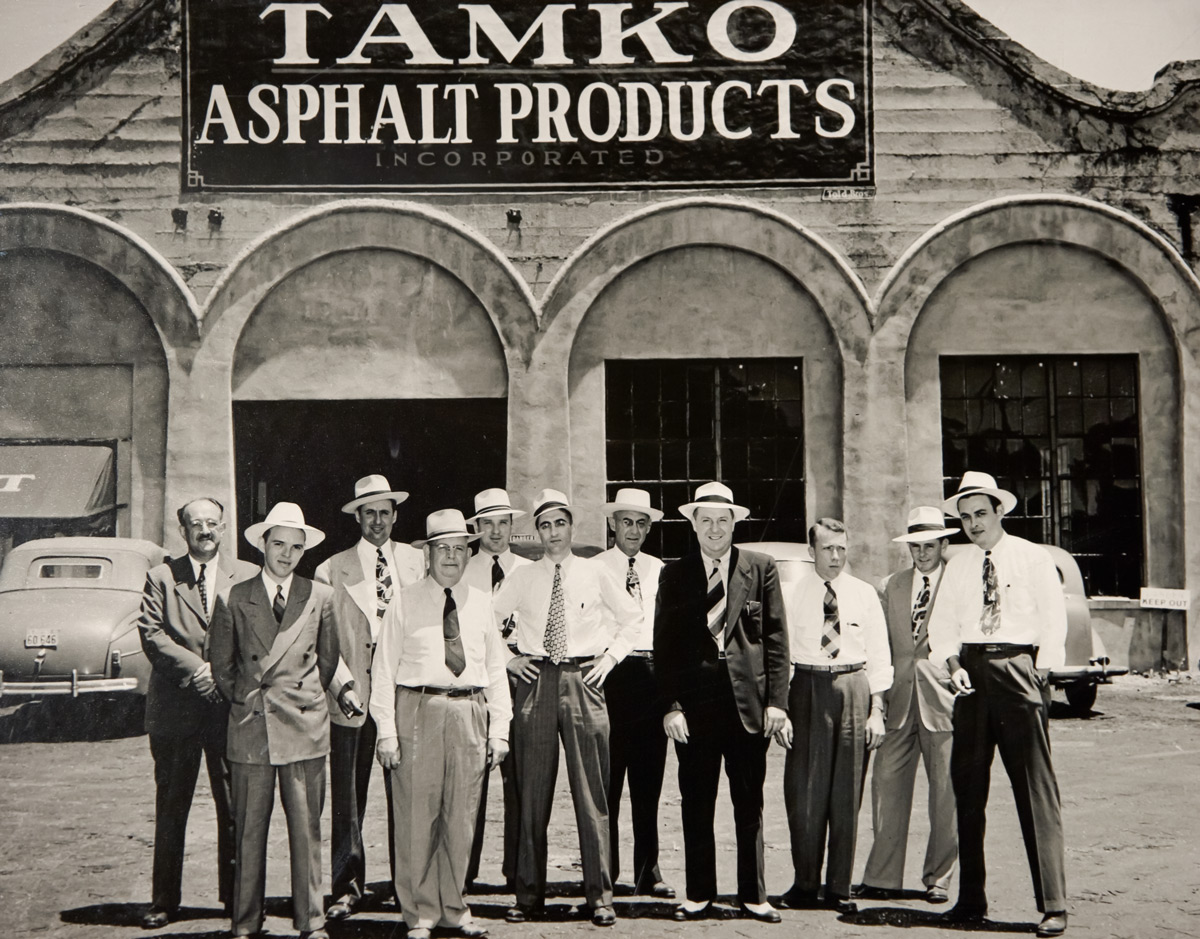 TAMKO Asphalt Products - Employees Group Shot